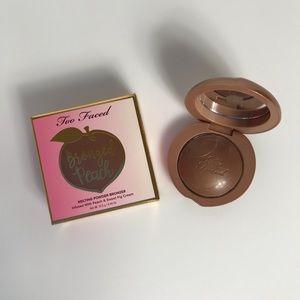 Too Faced Bronzed Peach (Toasted Peach) BNIB